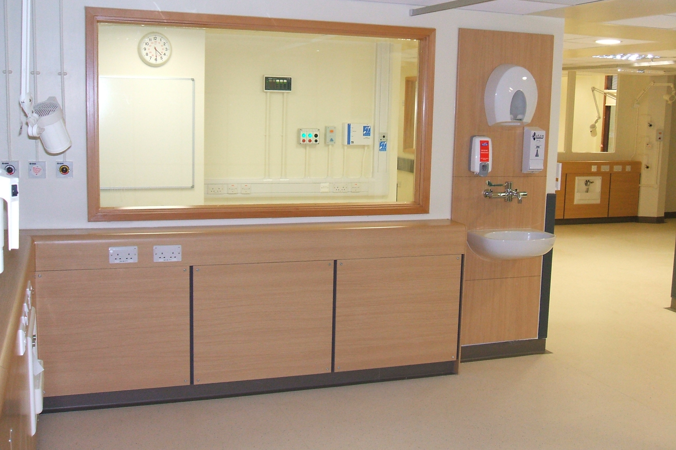 health care environments Gradually, evidence is accumulating that links work environments to behavior, attitudes, and motivations among clinicians these behaviors and orientations can, in turn, affect quality.